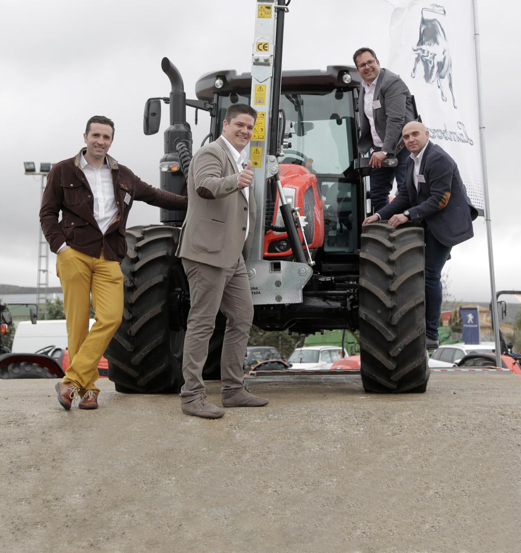 Descubre al equipo de Agrolabor Altiplano. Especialistas en maquinaria agrícola y de ocasión